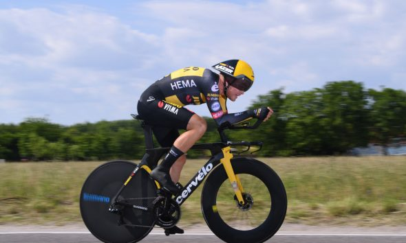 Foss llega de un fuerte Giro de Italia para ganar el título de contrarreloj de Noruega