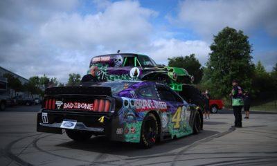 Grave Digger - fotos del esquema de pintura de NASCAR - Kevin Harvick
