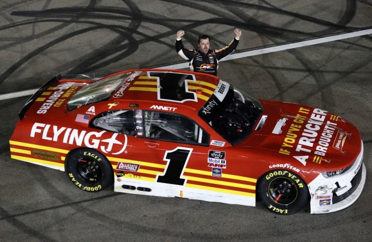 Josh Berry gana Las Vegas