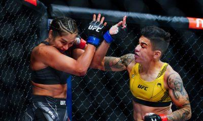 LAS VEGAS, NV - 25 DE SEPTIEMBRE: Jéssica Andrade golpea a Cynthia Cavillo durante la primera ronda de su pelea de peso mosca durante el UFC 266 en T-Mobile Arena el 25 de septiembre de 2021 en Las Vegas, Nevada.  (Foto de Alex Bierens de Haan / Getty Images)