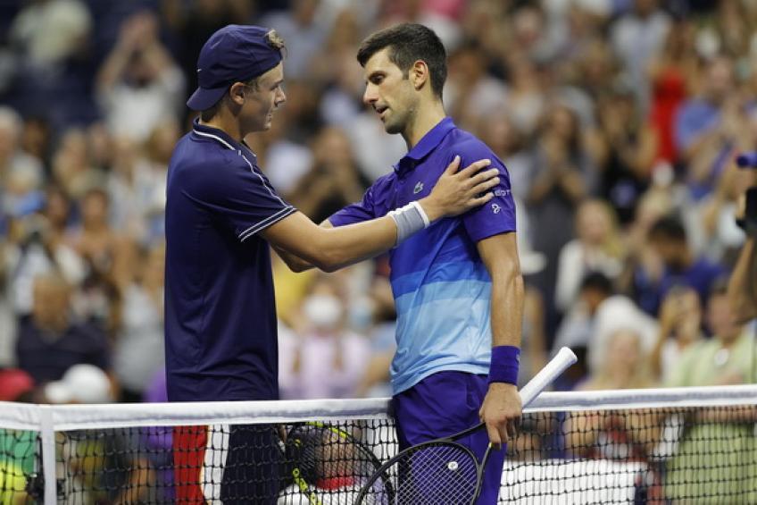 Holger Rune: me sentí como Roger Federer en la cancha durante el choque de Novak Djokovic
