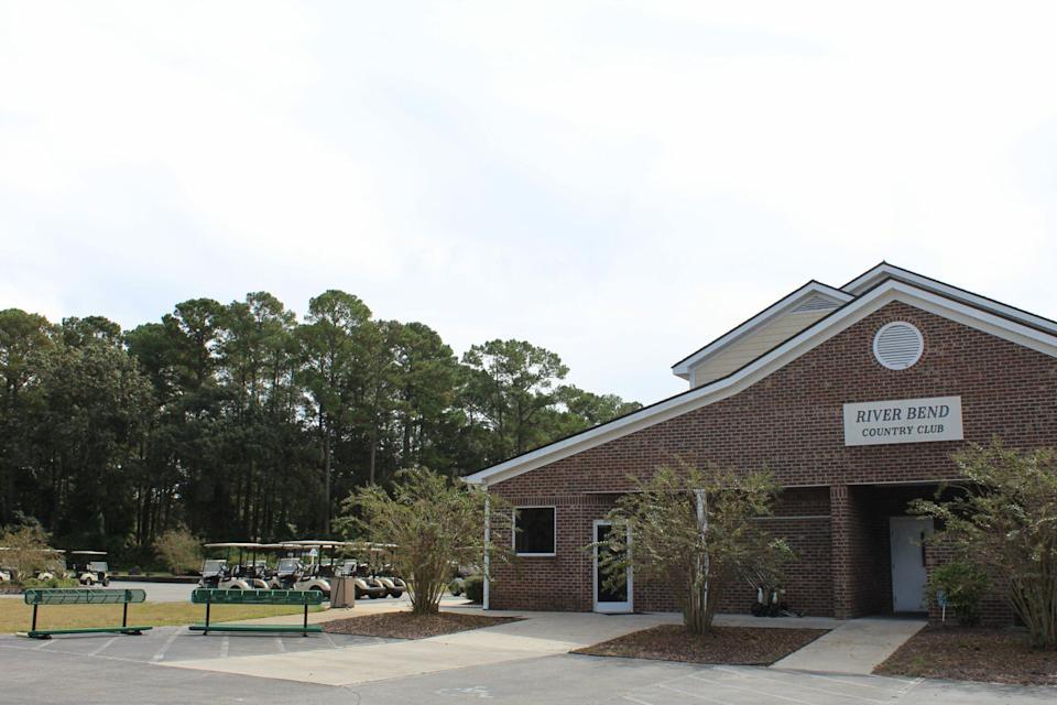 ¿Quieres tener un campo de golf?  Este curso en Carolina del Norte está en el mercado por $ 1.3 millones.