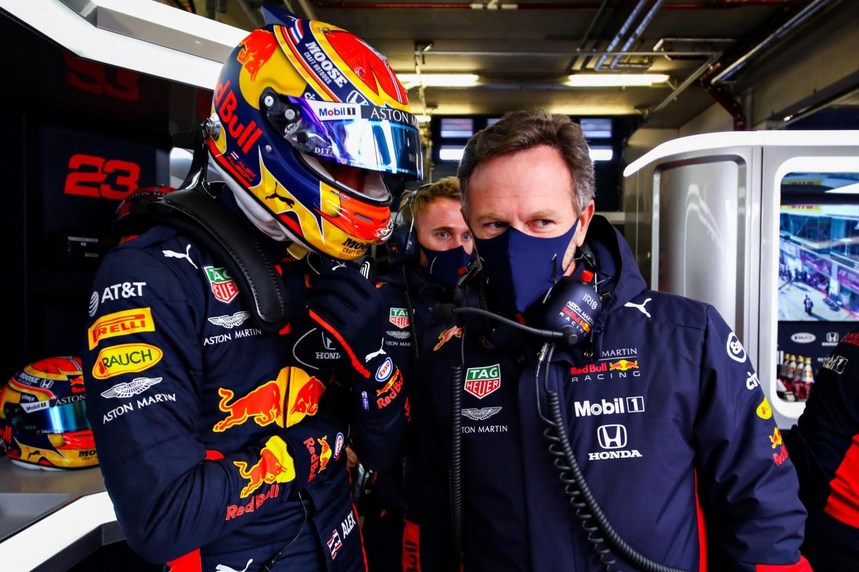 Albon: la presión de ser el compañero de equipo de Verstappen 'es un poco un mito'