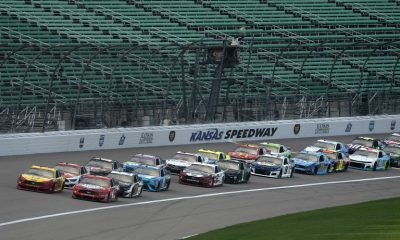 Joey Logano y Kevin Harvick - NASCAR Cup Series en Kansas Speedway