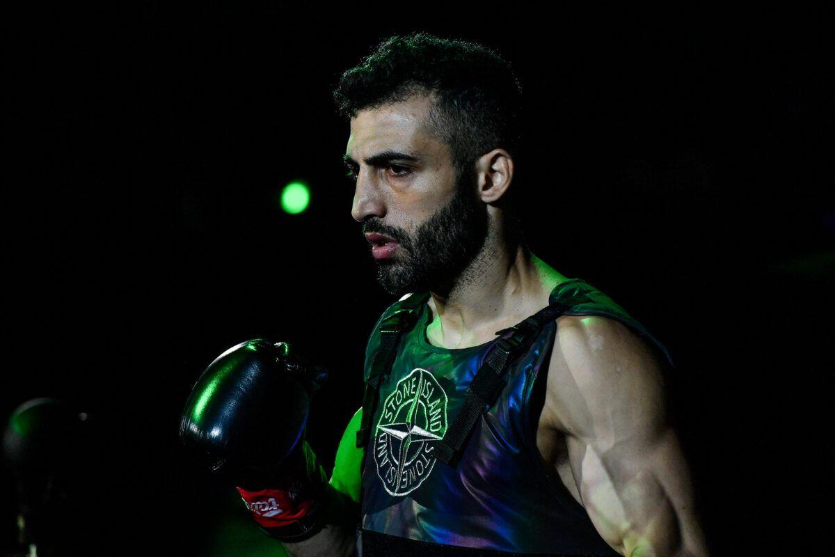 Giorgio Petrosyan pelea contra Davit Kiria en ONE: FISTS OF FURY