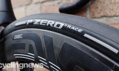 Domina la carretera con la gama P Zero de Pirelli