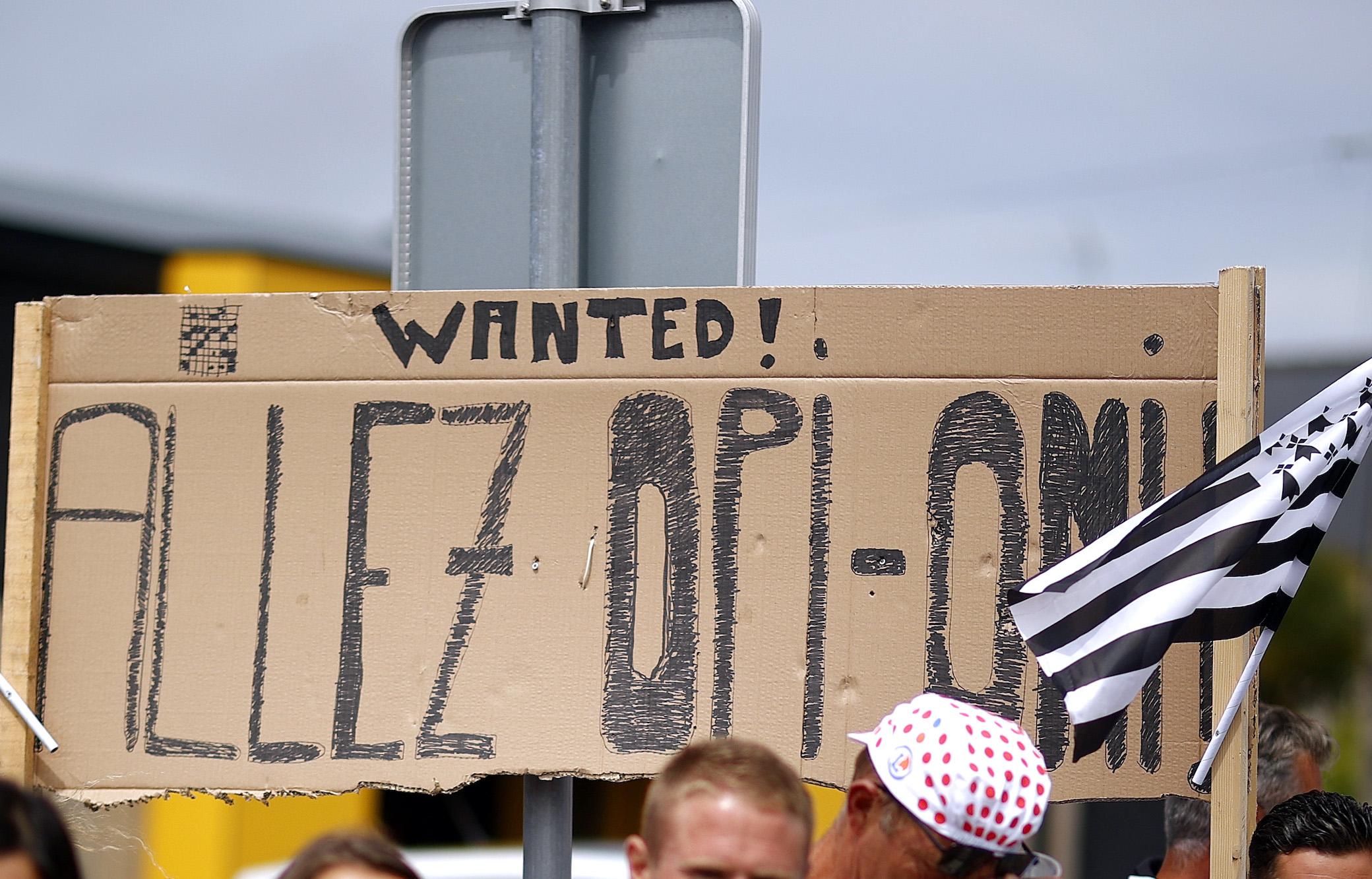 El espectador del Tour de Francia 'Opi-Omi' que causó el accidente en el escenario inicial para comparecer ante el tribunal