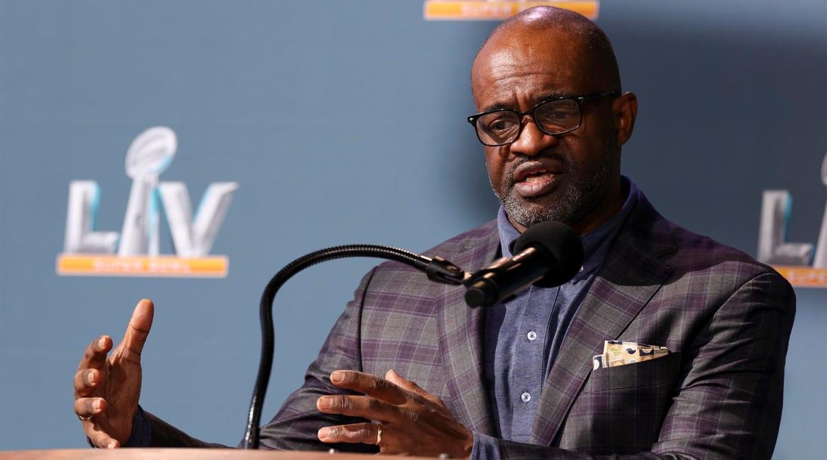 La NFLPA retiene al director ejecutivo DeMaurice Smith para su último mandato