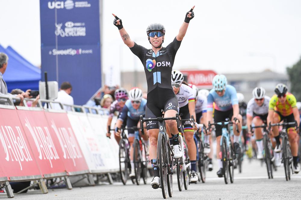 Lorena Wiebes hace dos de dos en la quinta etapa del Women's Tour 2021