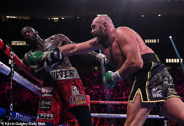 Mike Tyson ha calificado la victoria de Tyson Fury sobre Deontay Wilder como 'una de las peleas más grandes'
