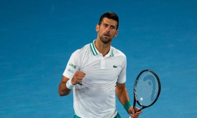 'Novak Djokovic está esperando hasta la hora 11 para hacer ...', dice la leyenda