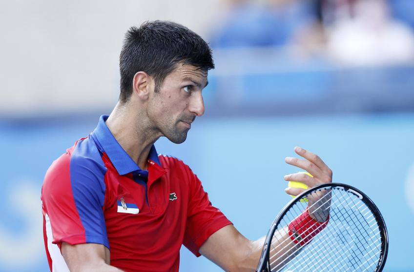 'Novak Djokovic paga el precio', dice la leyenda del tenis