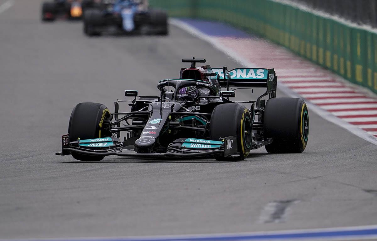 Penalización de 10 puestos en parrilla para Lewis Hamilton en el Gran Premio de Turquía