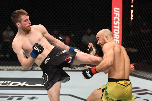 UFC, Bellator peleas anunciadas del 27 de septiembre al 27 de octubre.  3