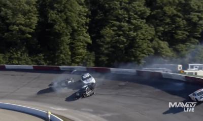 Video: El conductor de la NASCAR Truck Series, Carson Hocevar, naufraga en Winchester 400, JP Crabtree descansa boca abajo